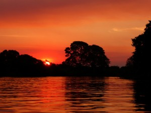 Sunset on the Rio Miranda, Pantanl
